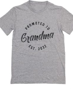 Promoted To Grandma Est 2022 T-Shirts